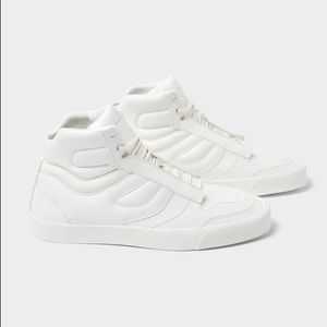 Zara men white padded high top sneakers - HP